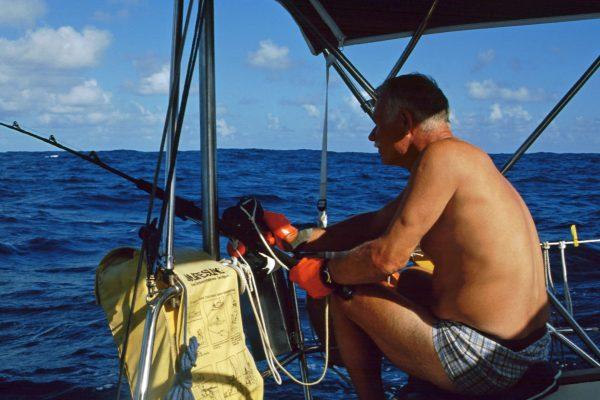"""Pazifik zwischen Galapagos und Fatu Hiva: """"Angebissen!"""""""