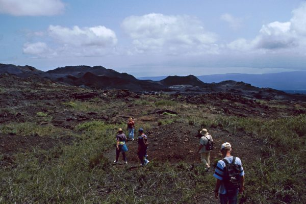 Pazifik Galapagos Isabela  Vulkan Fußmarsch