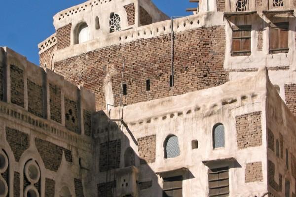 Sana'a-083_ShiftN