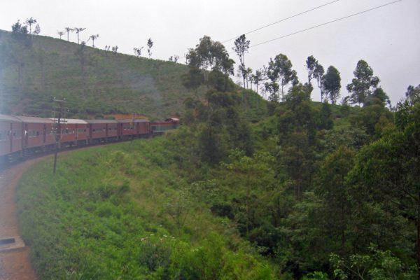 Sri Lanka  Eisenbahn Fahrt  4