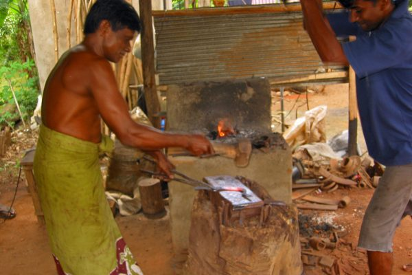Sri-Lanka--Messerschmied-13