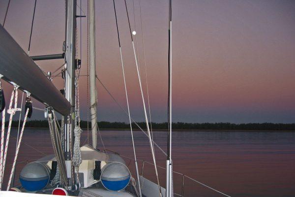 Alcaro-Bay-Mondaufgang